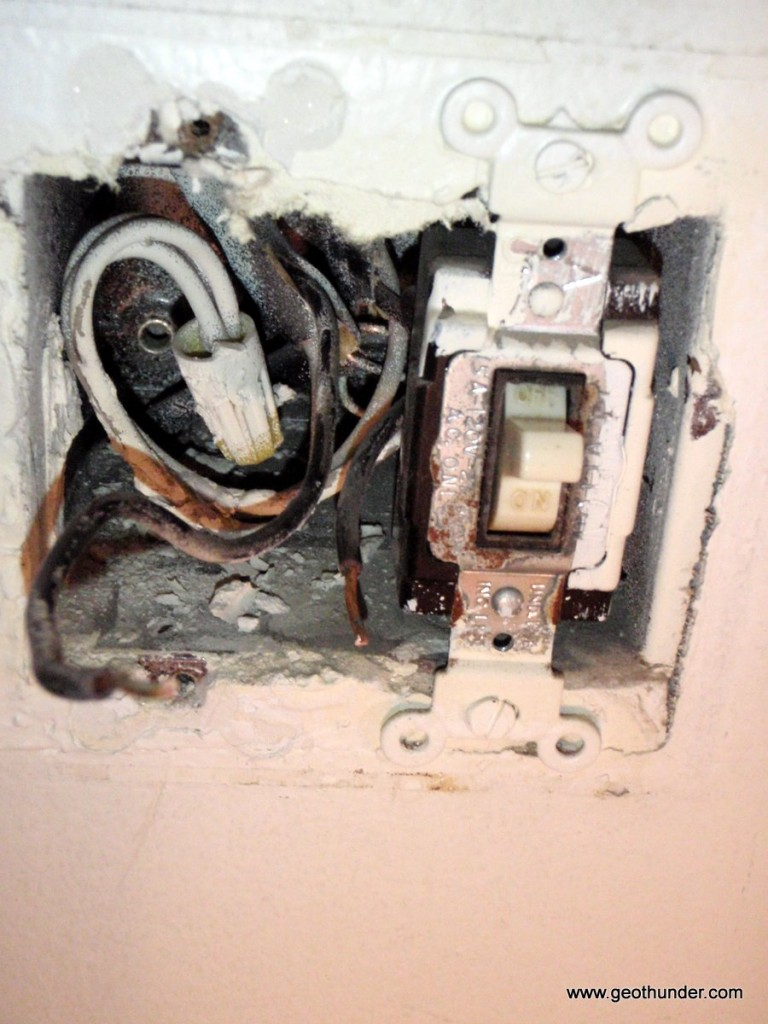Installing A Better Light Switch Wiring Old To New